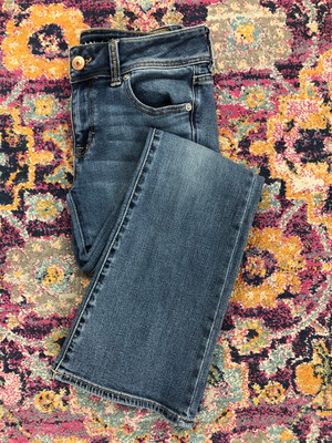 American Eagle Light Denim Super Stretch Jeans - Size 4