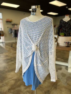 We The Free White Hole Layering Top/Coverup - L
