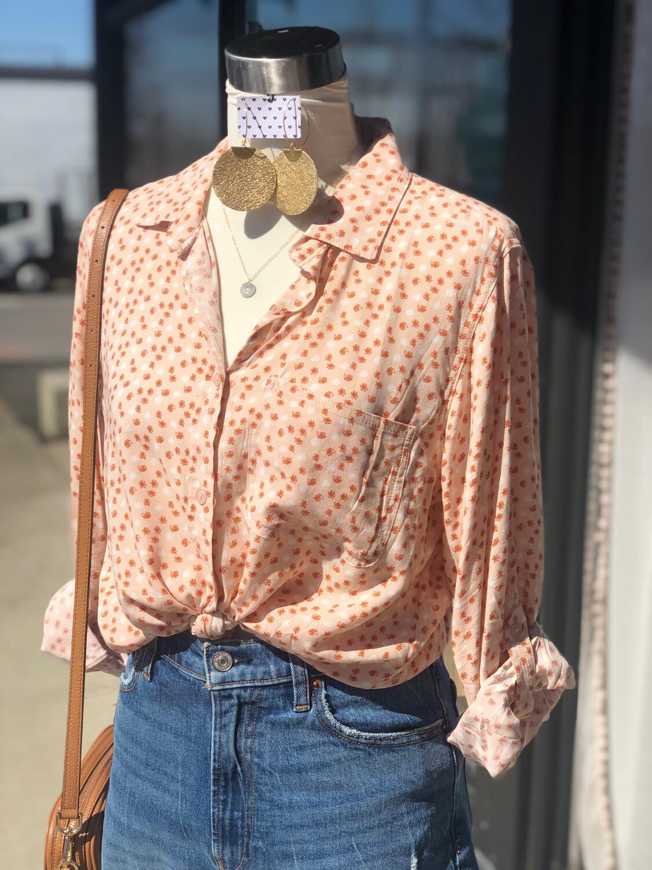 Velvet Heart Peach & Rust Patterned Scribble Button Up - L
