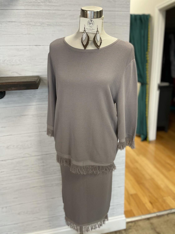 Elliatt Grey Skirt - L