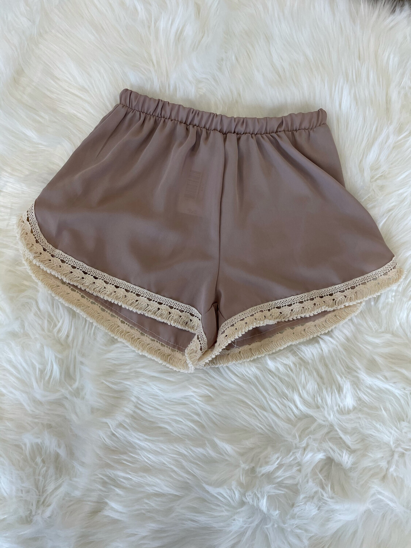 La Ropas Taupe Fringe Bottom Shorts - L