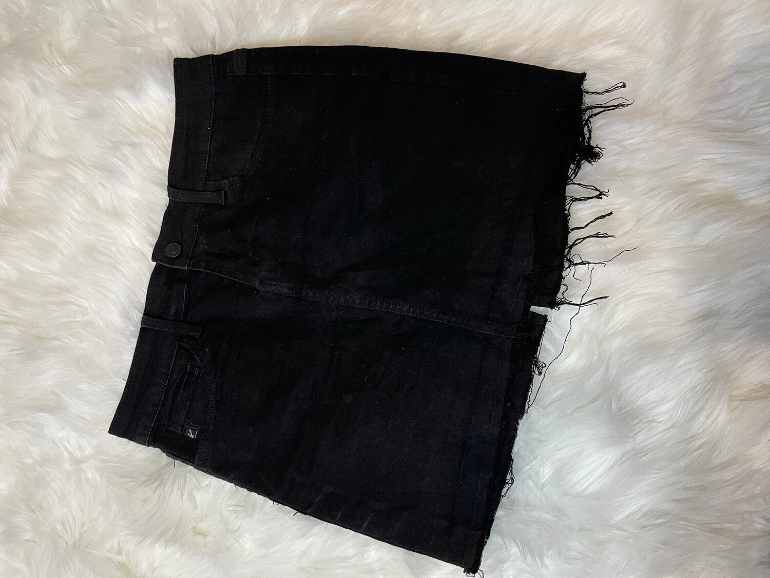 KanCan Black Raw Hem Denim Skirt - M