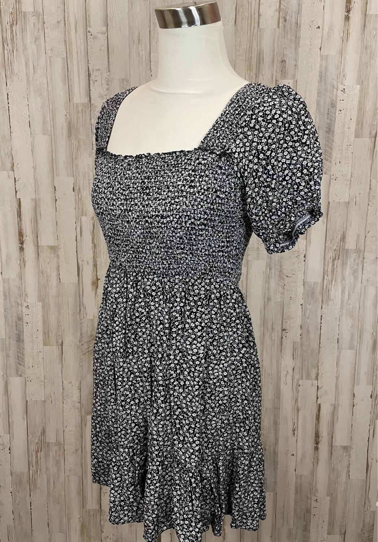 In Loom Black & White Floral Off Shoulder Dress - M