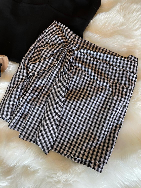 Gianni Bini Black & White Gingham Skirt - M