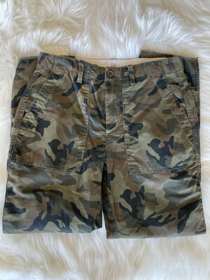 Gap Camo Girlfriend Chino Pants - Size 2