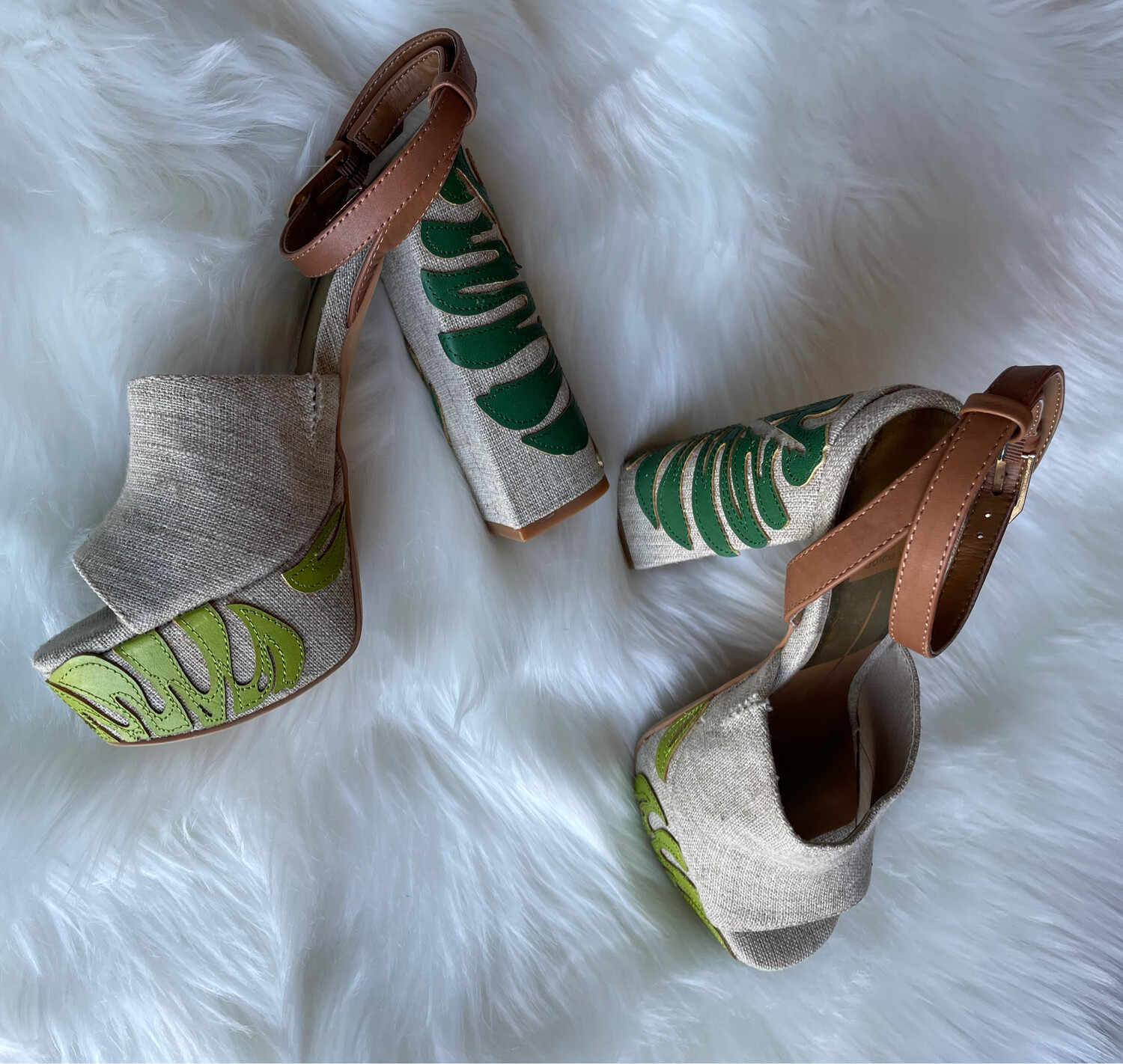 Dolce Vita Natural Palm Leaf Block Sandal Heels - Size 7