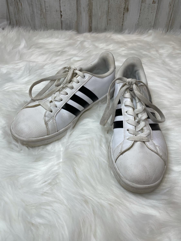 Adidas White & Black Classics - Size 7.5