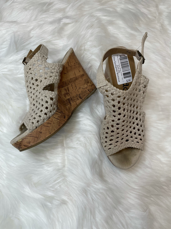 Mudd Natural Crochet Wedge Sandals - Size 7.5