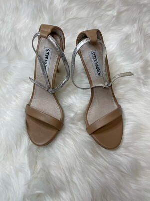 Steve Madden Nude Heels w/ Silver Ankle Straps - Size 6