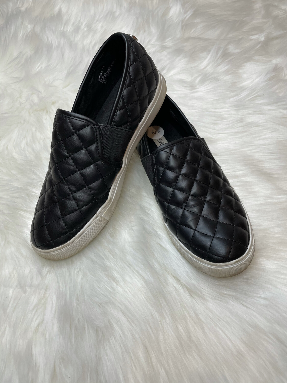 Steve Madden Black Quilted Slip Ons - Size 7.5