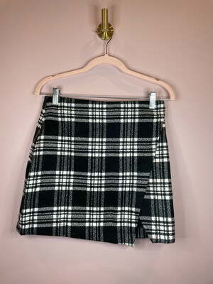 Abercrombie & Fitch Black & White Plaid Skirt - Size 4