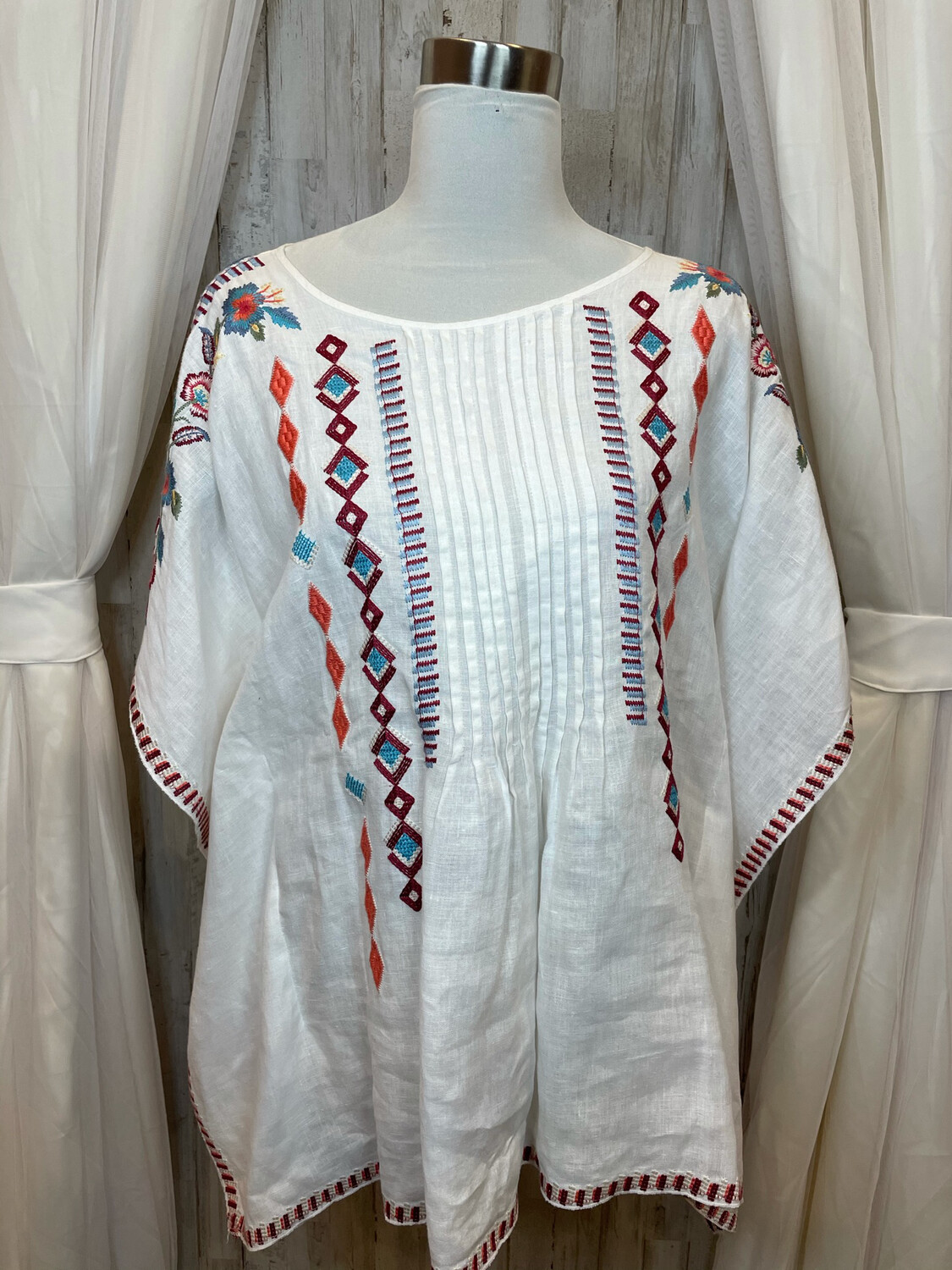 JW Los Angeles White Linen Top w/Colored Embroidery - M