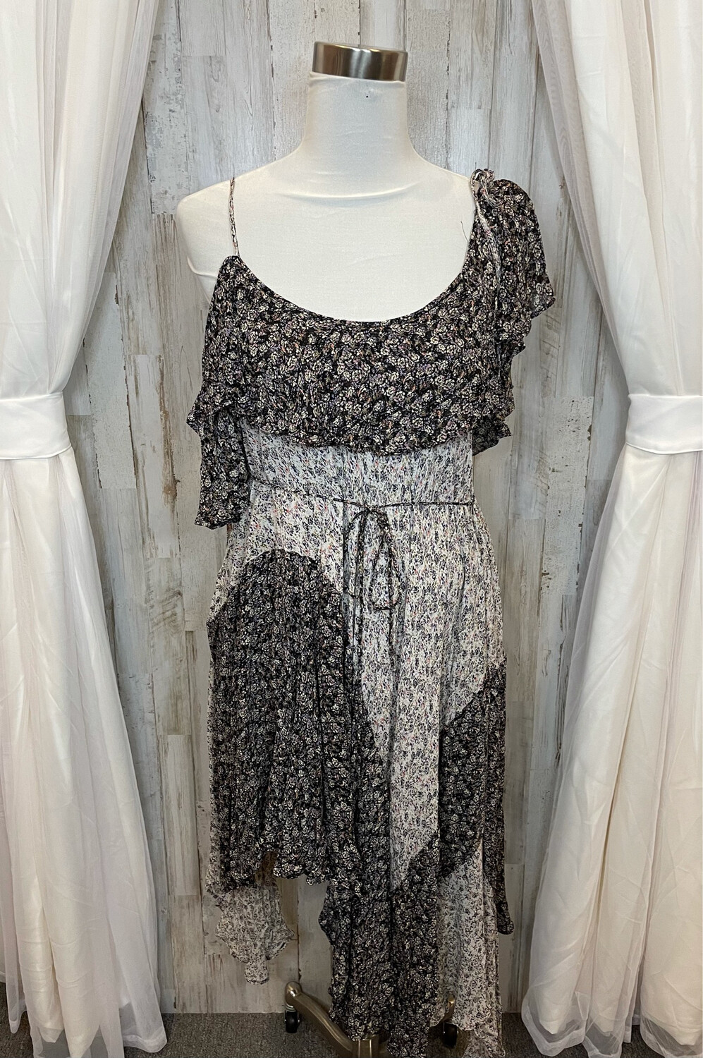 Free People Two Tone Floral Sheer Dress w/Ruffle Accent - XS