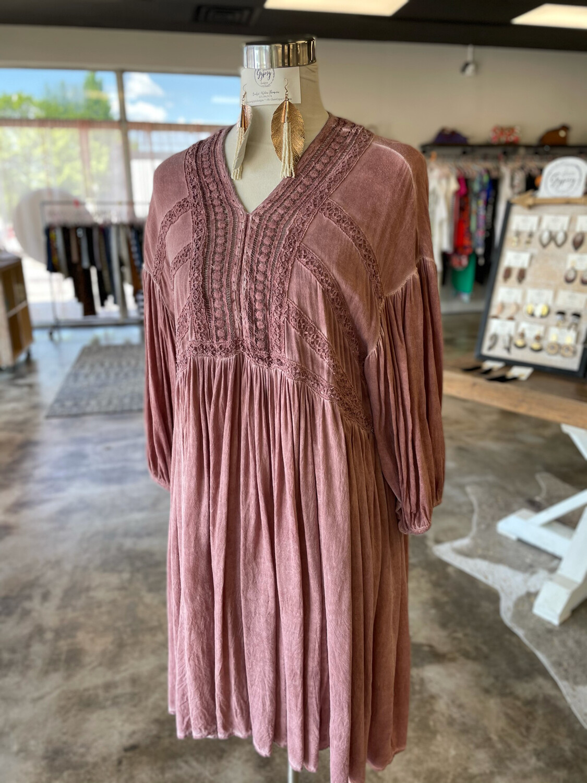 Oddy Rust Dress w/Lace Detail - S/M