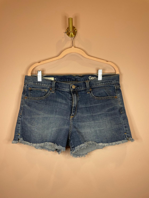 Gap Authentic Summer Short - Size 31