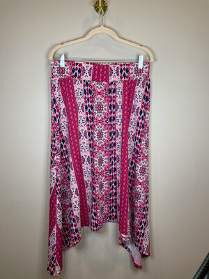 New Directions Pink Pattern Tiered Skirt - L