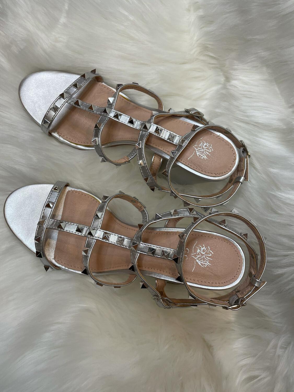 Vince Camuto Silver Studded Sandal Block Heels - Size 7.5