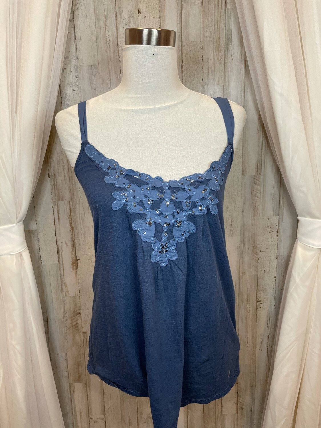 American Eagle Steel Blue Tank w/Lace & Bead Accent - M