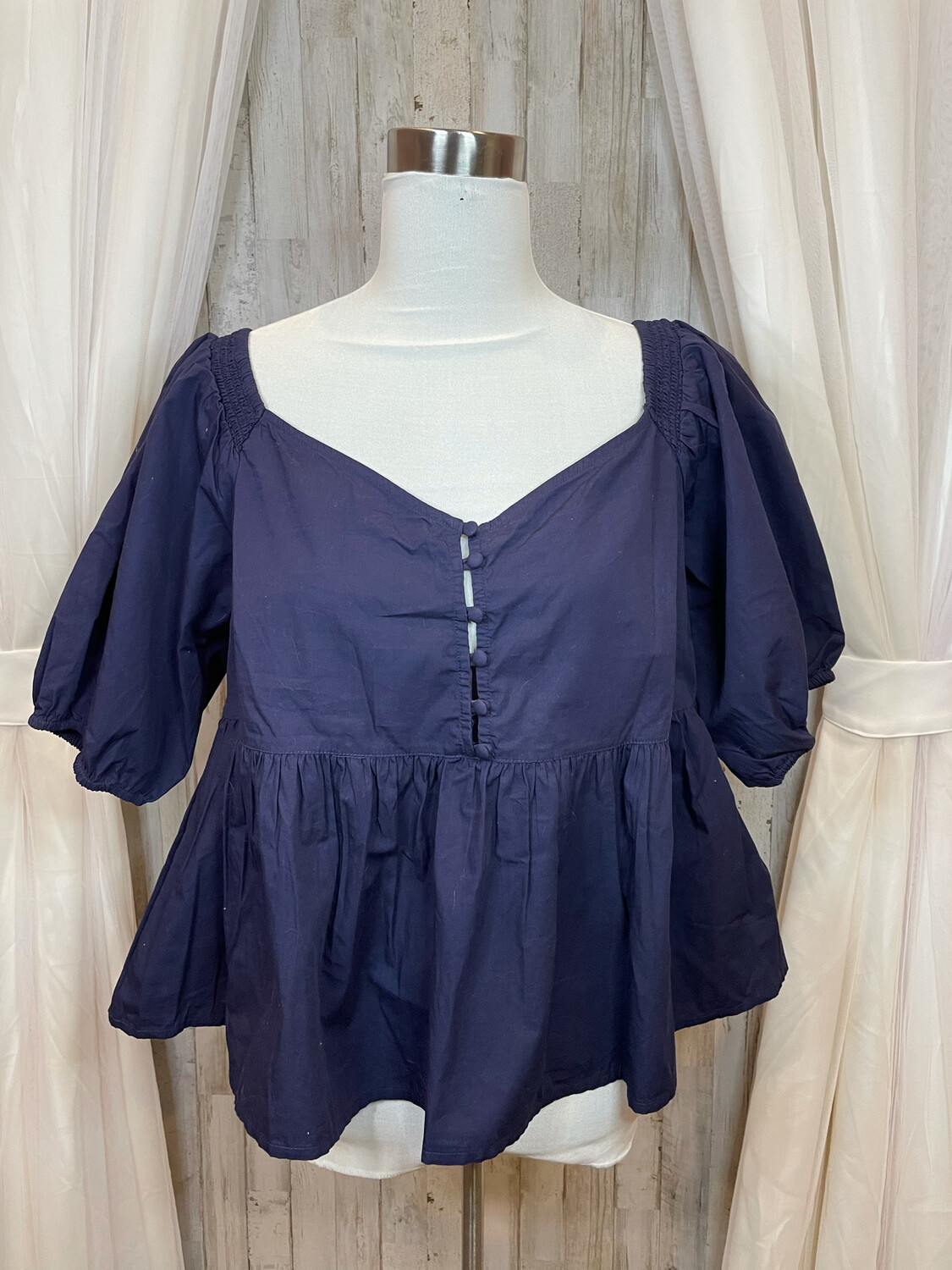 Free People Navy Top w/Button Accent & Ruffle Trim - L