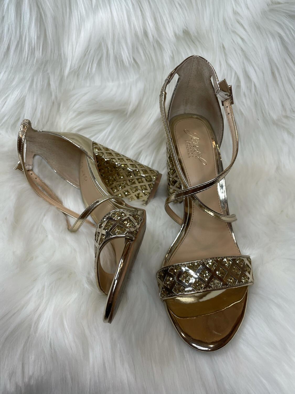 Jewel Badgley Mischka Gold Sandal Block Heels w/ Crossover Straps - Size 8.5