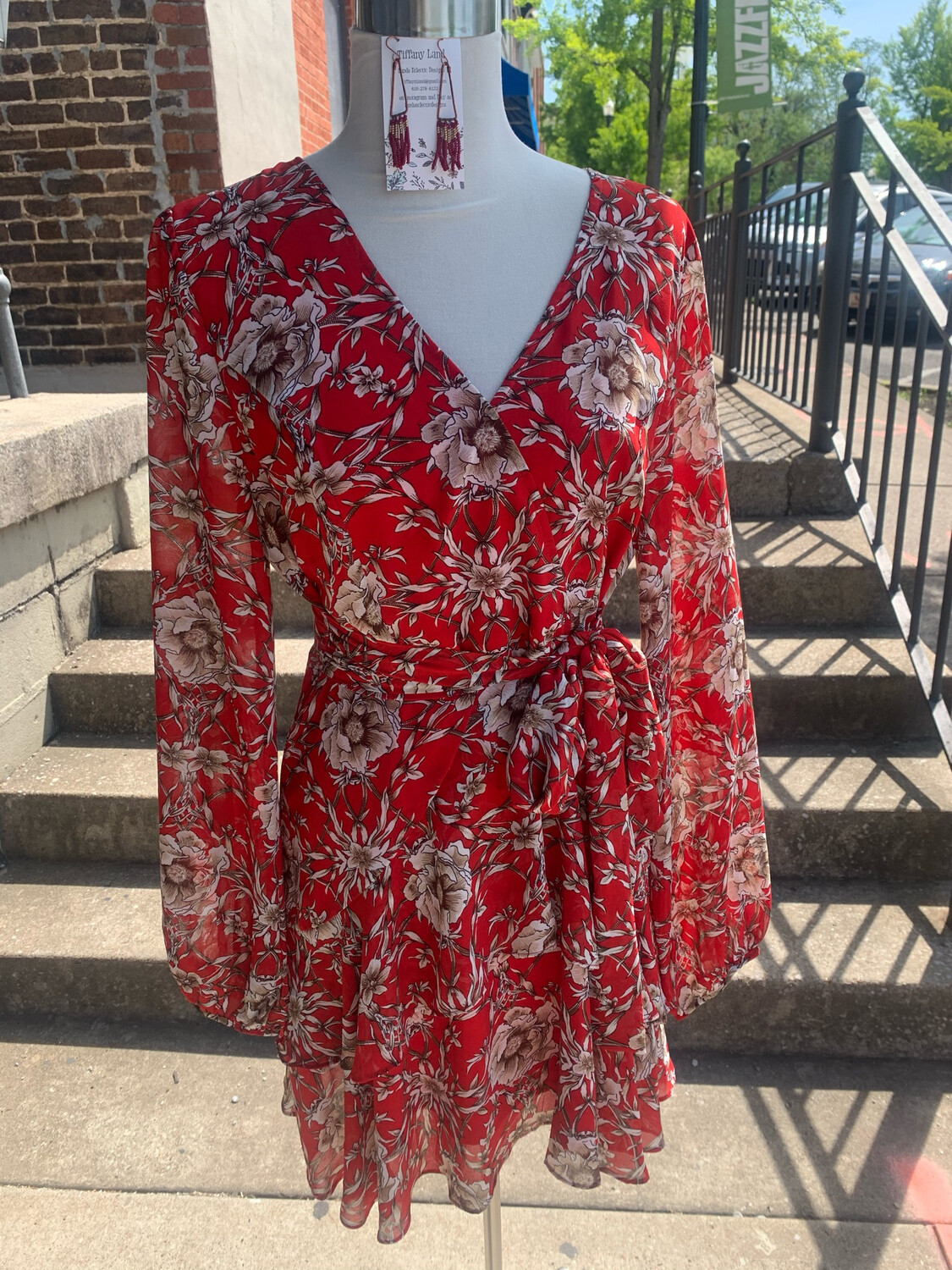 Entro Red Floral Belted Long Sleeve Dress - L