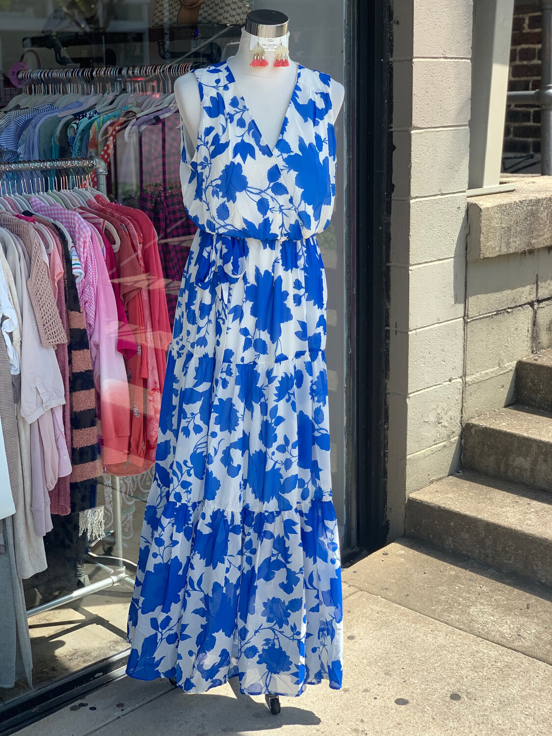 Pink Lily Blue & White Floral Belted Maxi Dress - L