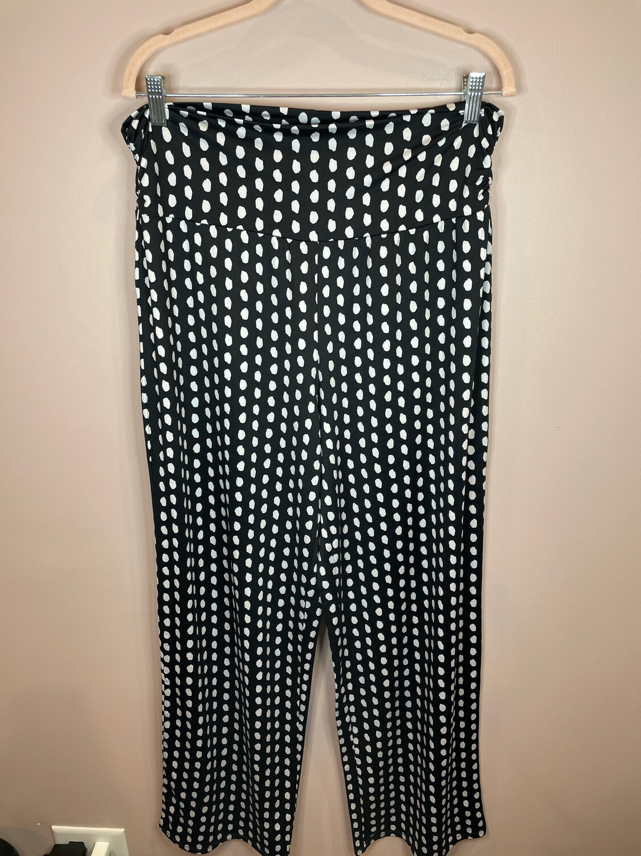 Mudpie Black & White Polka Dot Pants - L