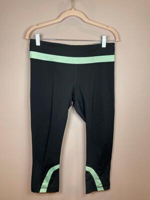 Lululemon Black & Mint Polka Dot Cropped Leggings - Size 8