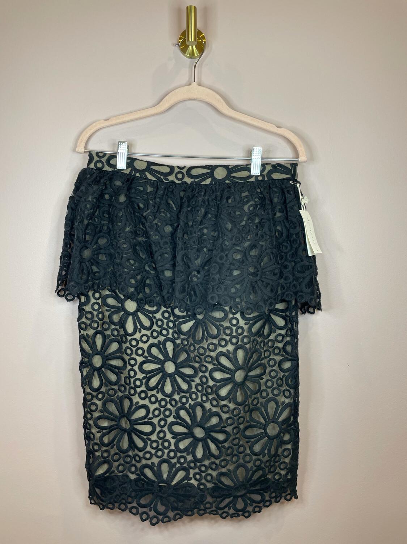 Rachel Parcell Black with Sheer Flower Design Skirt - M