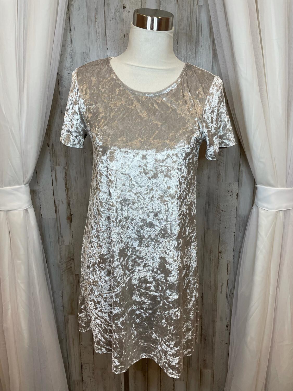 Full Tilt Off White Crushed Velvet Dress - M