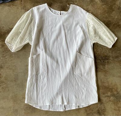 Umgee White Dress w/Pockets & Eyelet Sleeves - M