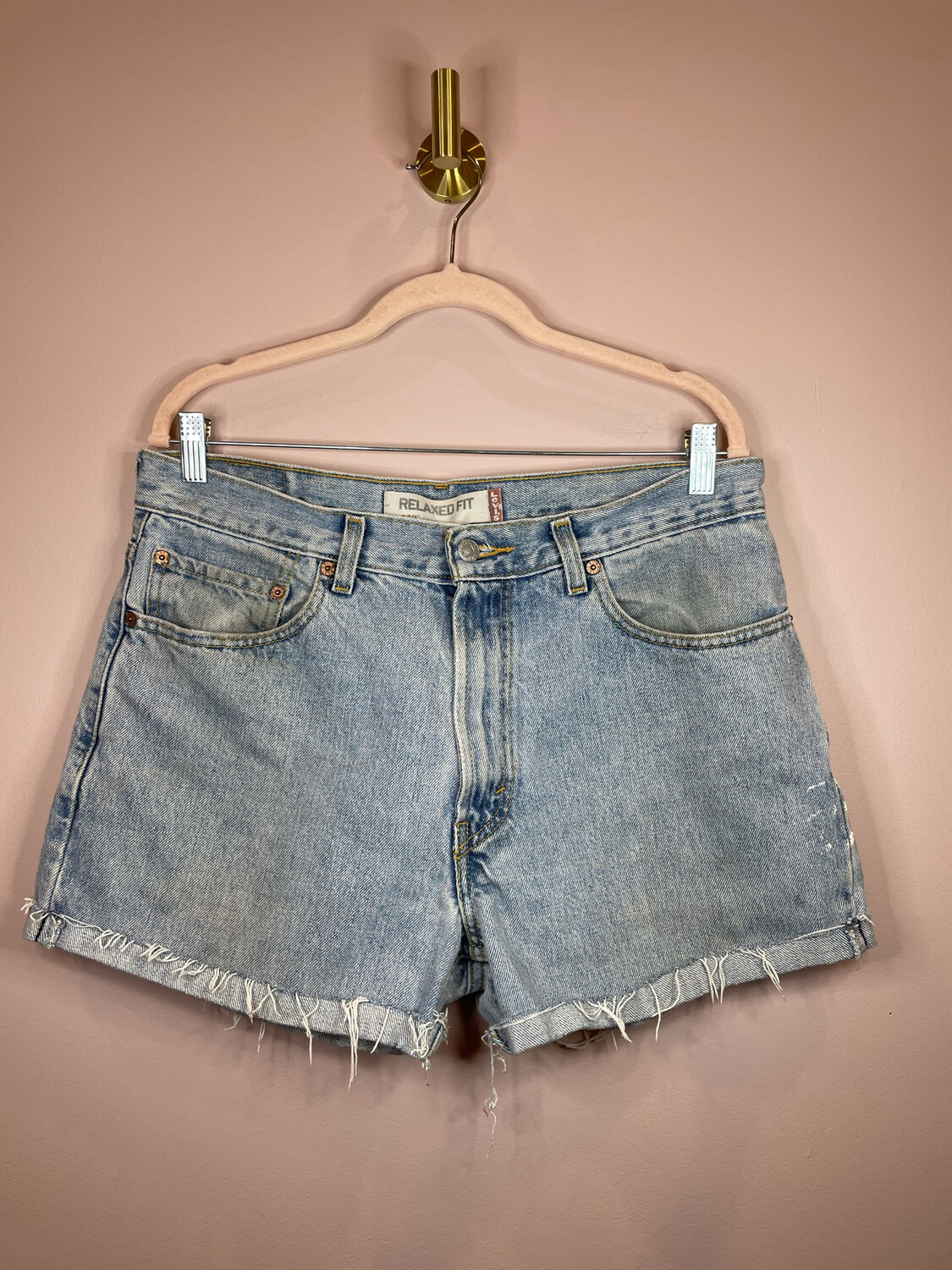 Levi's 550 Relaxed Fit Distressed Cuffed Denim Shorts - Size 34