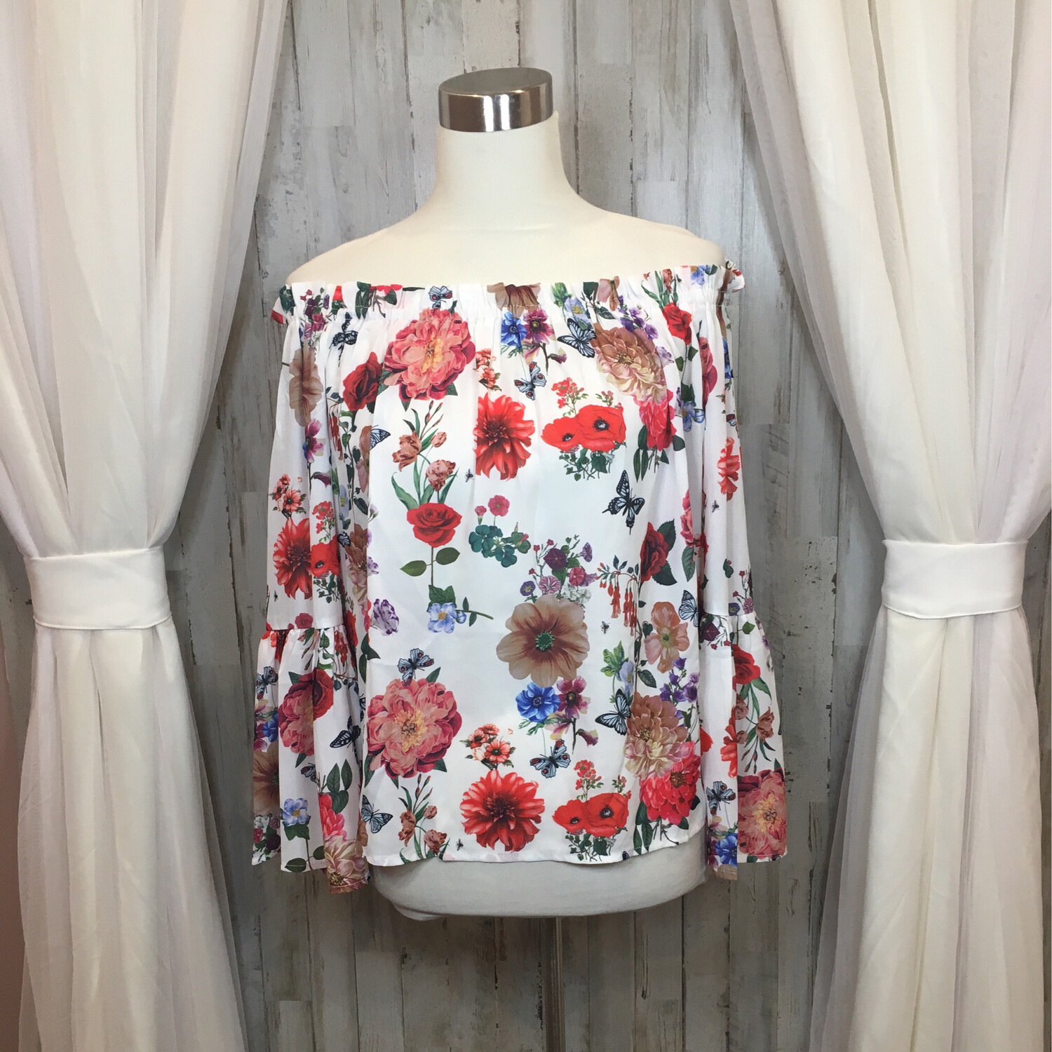 Blooming Jelly White Top w/Floral & Butterfly Print - S