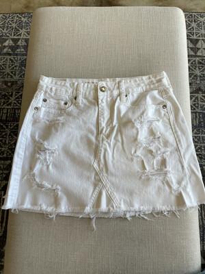 American Eagle White Denim Skirt - Size 4