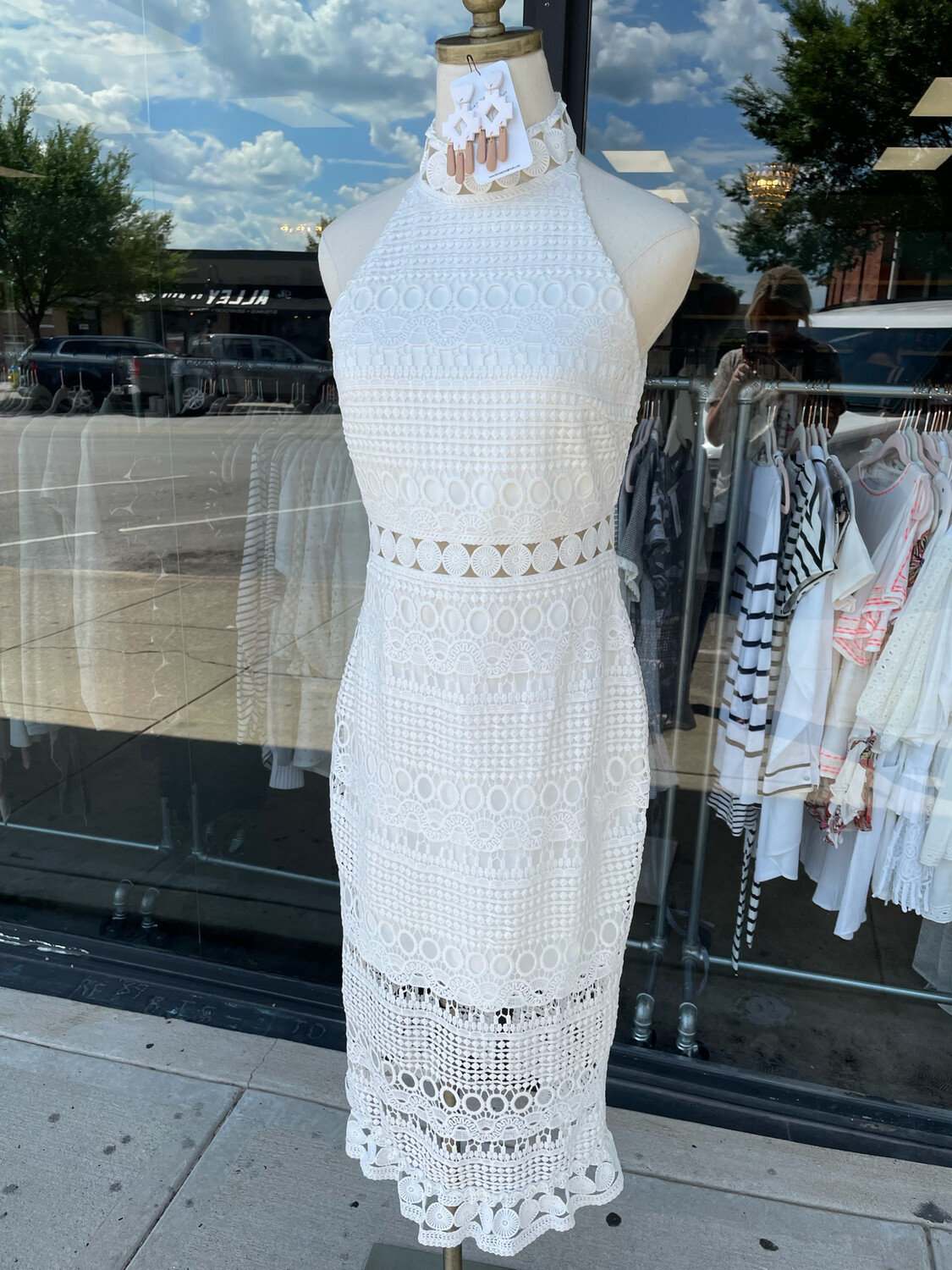 Two Sisters White Embroidered Dress - Size 6