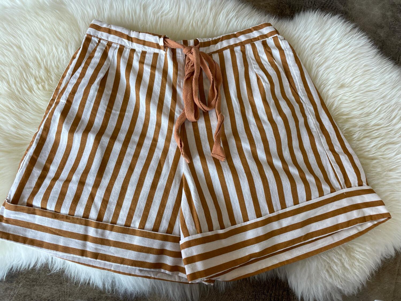 Compania Fantastica Mustard & White Striped Shorts - M