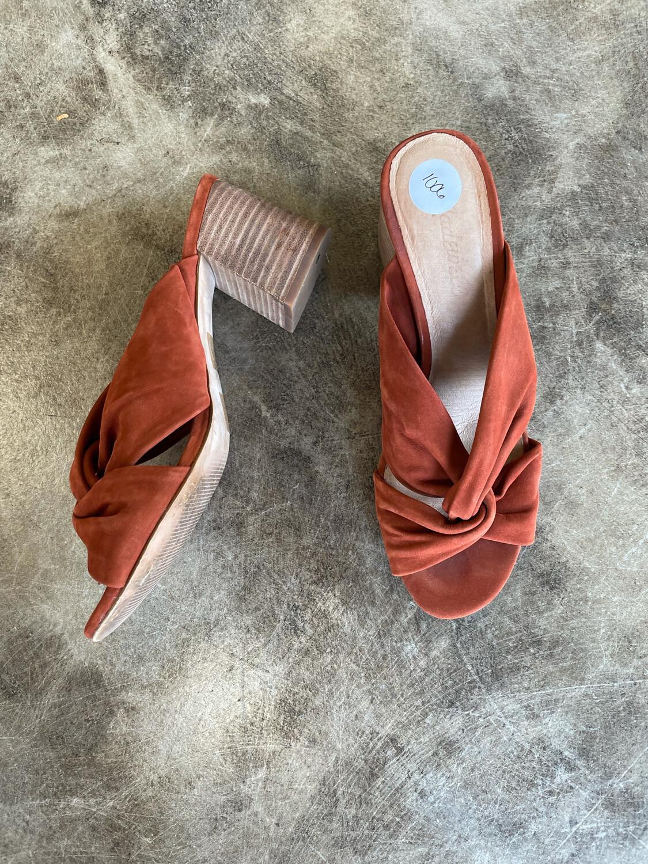 Madewell Burnt Orange Criss Cross Block Heel Sandals - Size 7.5