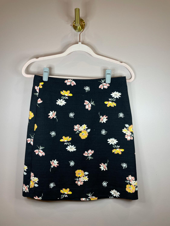 LOFT Outlet Black Floral Print Skirt - Size 0