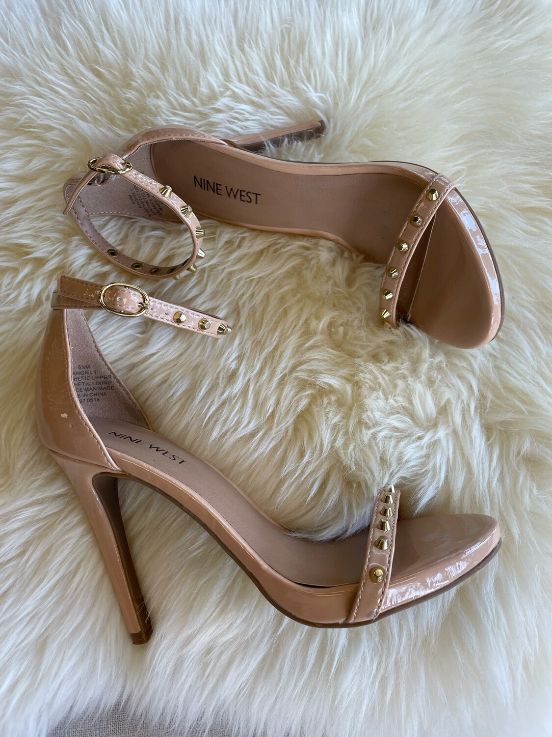 Nine West Nude Strappy Heel w/Gold Stud Accent - Size 5.5