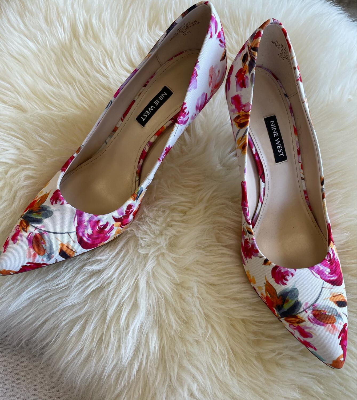Nine West White Floral Heels - Size 9.5