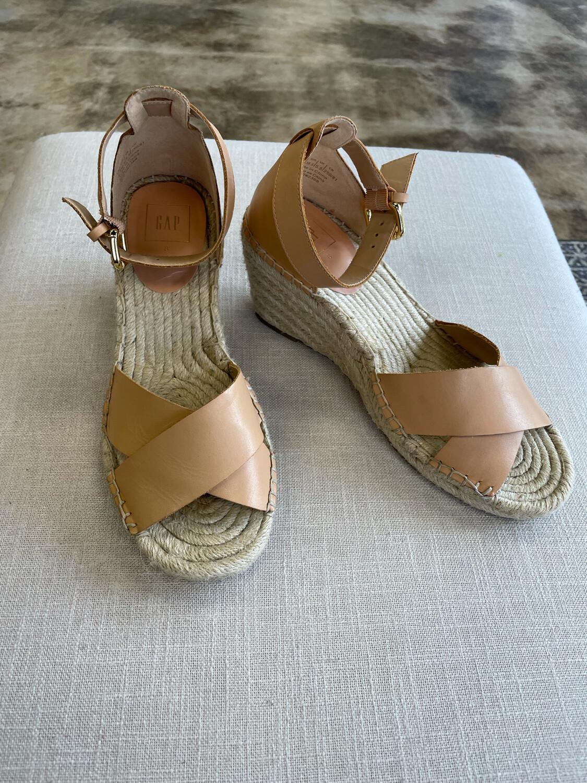 Gap Neutral Wedge Sandals - Size 8