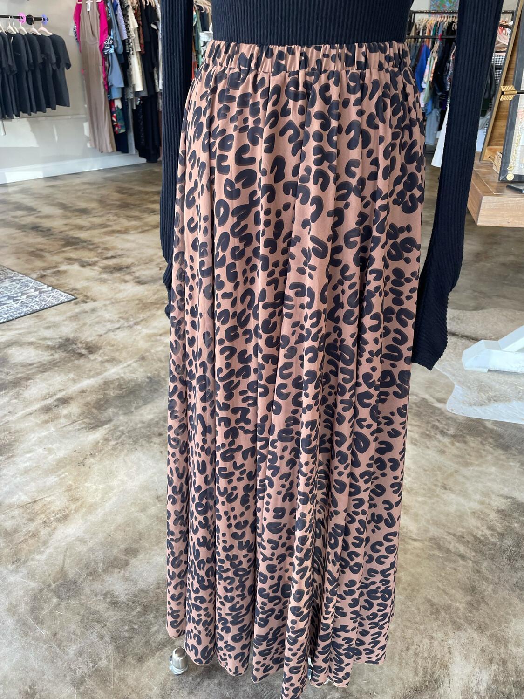 Chicwish Leopard Print Maxi Skirt - M/L