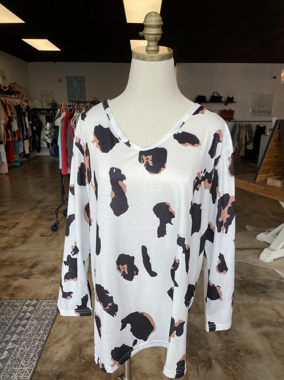 Haute White Top w/Animal Print - L