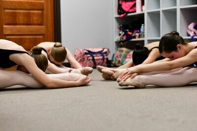 Academy Stretching and Conditioning (Ages 10-16)