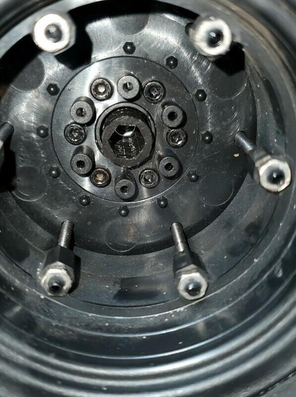 RC Monster Truck Wheel Lock Kit
