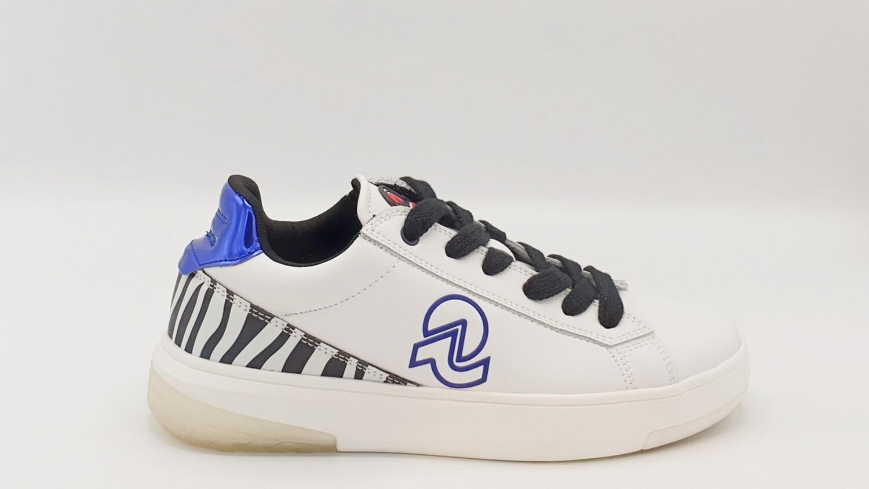 Sneakers Invicta art. Susa Free Safari CL02512A white/cobalt