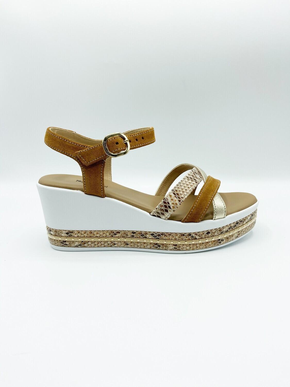 Sandalo Nero Giardini art.E115780D/326 colore tabacco