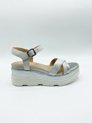 Sandalo Geox art.D02HBD colore argento