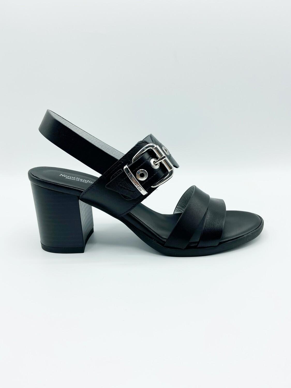 Sandalo Nero Giardini art.E115561D/100  colore nero