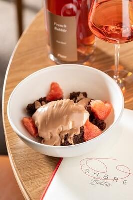 Мусс-халва с какао брауни и грепфрутом